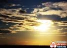 Солнце и тучи